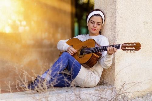 Kunci gitar Ungu Cinta Dalam Hati – Chord & Lirik