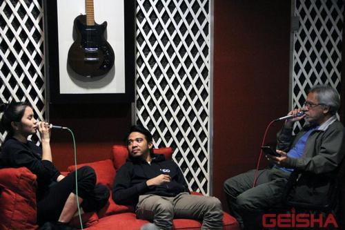 Kunci Gitar dan Lirik lagu Tak Seimbang – Geisha & Iwan Fals