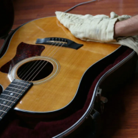 Cara Merawat gitar dengan mudah